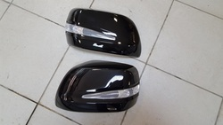 Корпуса зеркал с повторителями поворотов LX570 (черные)