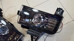 Противотуманные фары линзовые LC200 тёмные с диодной подсветкой (комплект)