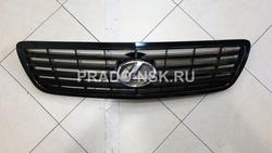 Решетка радиатора rx300/harrier 98-03 черная