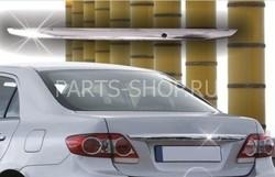 Хромированная накладка над номерным знаком нержавейка Corolla