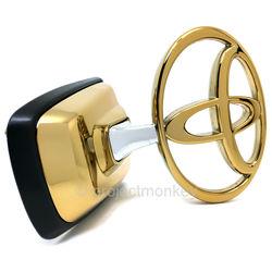 "Эмблема капота ""Gold"" или ""Silver"""
