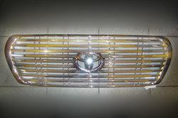 Решетка радиатора LC200 хром.