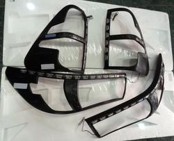 Накладки на передние и задние фары с DRL
