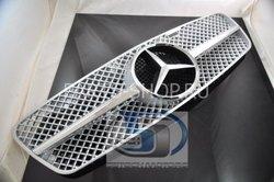 Решетка радиатора на Mercedes C-class (черная и хром)