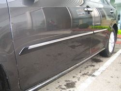 Молдинги боковых дверей Camry 2011-