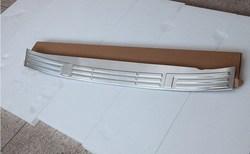 Накладка на задний бампер LC150