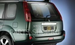 Накладка на заднюю дверь (по низу), хром. Nissan 01-07