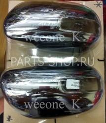 Накладки на зеркала  с вырезом под повторитель поворота Corolla 2011-