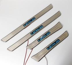 Накладки на пороги с подсветкой lx470