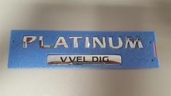 """Эмблема на крышку багажника """"PLATINUM"""" для Nissan Patrol"""