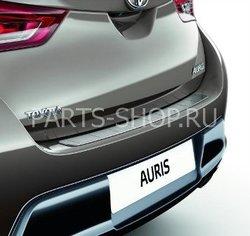 Накладка на задний бампер Auris 2012-