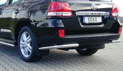Защита заднего бампера Toyota Land Cruiser 200.