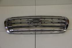 Решетка радиатора хром на LC200