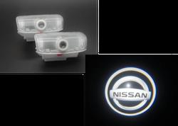 Подсветка дверей в штатное место с логотипом nissan