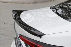 Спойлер на крышку багажника Corolla 2018+