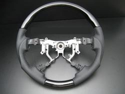 Руль tundra 07-13 черный лак и перфорированная кожа