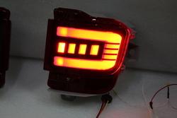 Задние динамические противотуманные фонари LC200 15+